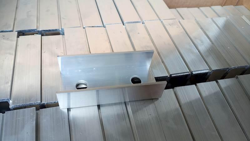 OP.500szt. Łącznik ceownik aluminiowy do profili
