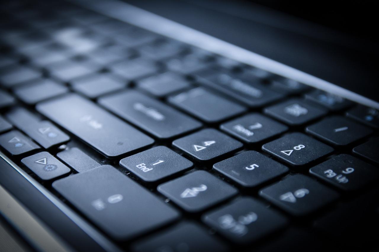 keyboard-254582_1280.jpg