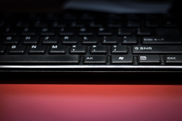 keyboard-285117_640.jpg
