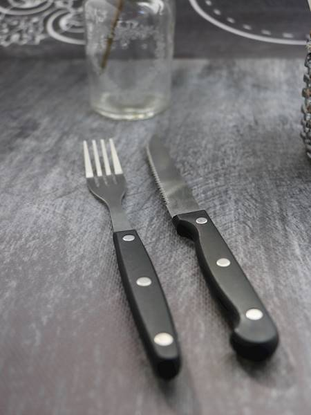 PARTY sztućce do grilla - kpl 8szt / Stain steel plastic steak cutlery 8 pcs 23491745 / 8712442080305