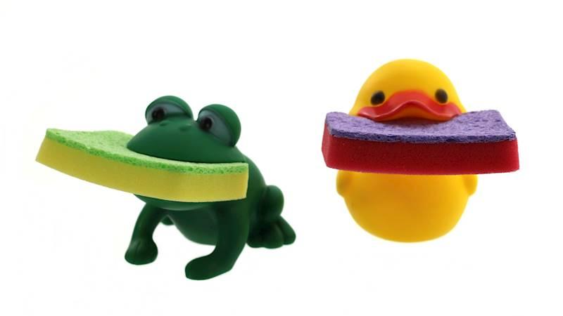 Plastikowa kaczuszka/ żabka z gąbką kuchenną / Animal with sponge,8712442157540 /  24531024