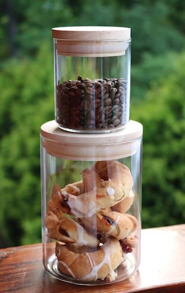 Pojemnik szklany z drewnianą pokrywką, 11x17 cm / Glass container WOODEN COVER 11x17cm 8712442140870 / 23467406