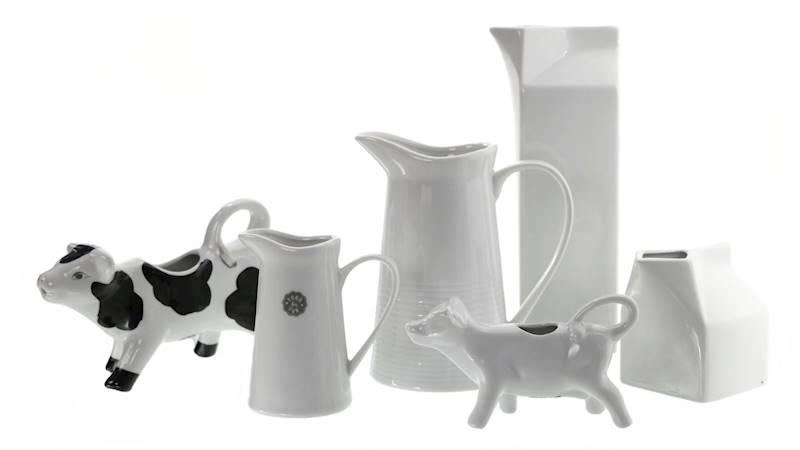 Porcelana- Mlecznik w kształcie kartonika 900 ml / Porcelain milk pot box 7x7x24 cm 8718164440489 / 24302818