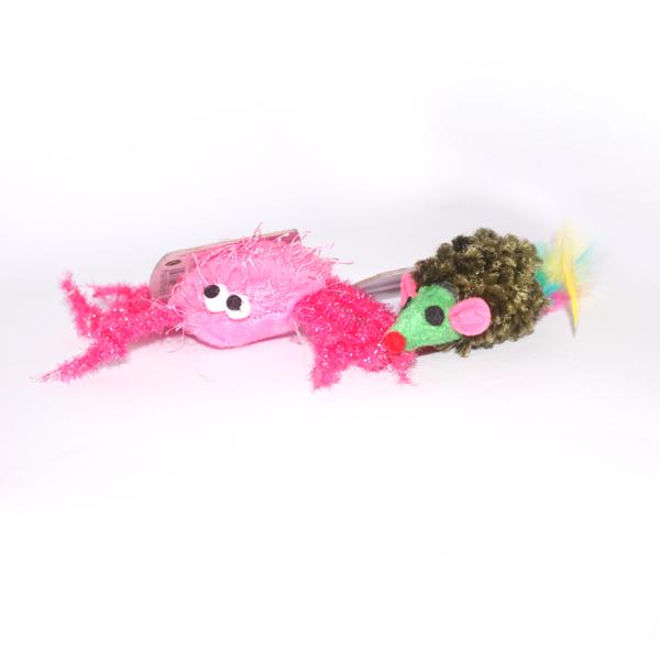 Zabawki dla kota - kolorowe stworki