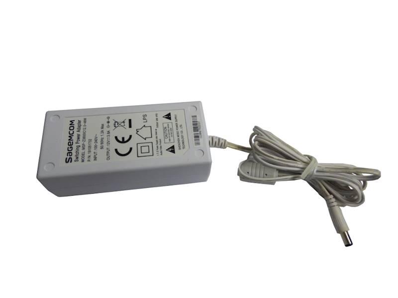 Zasilacz impulsowy 12V 3.8A DC2.5/5.5