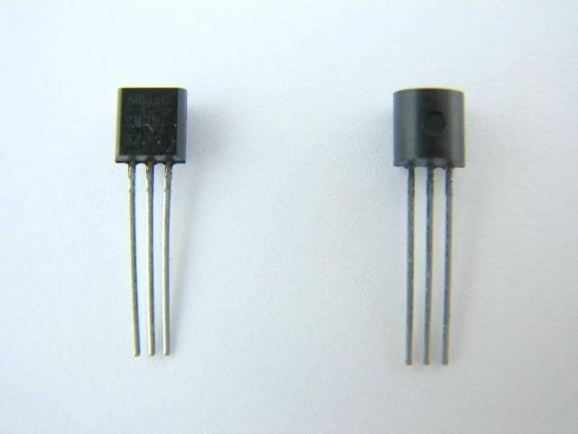 Tranzystor BC556B TO92