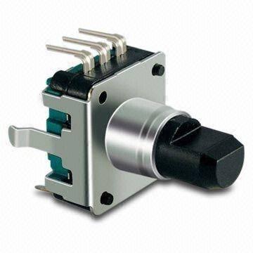 Enkoder 24 impulsy l=15mm z przyciskiem
