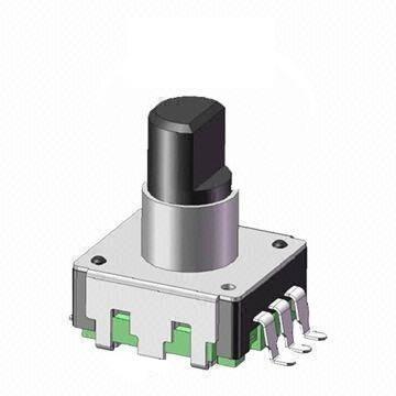 Enkoder 24 impulsy l=12mm z przyciskiem SMD