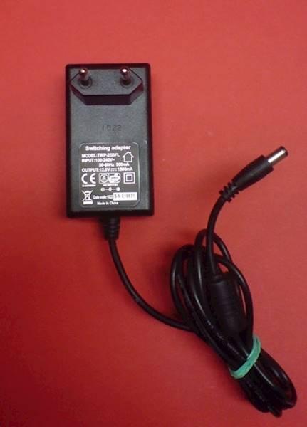 Zasilacz impulsowy 12V/1A DC3.5/1.3