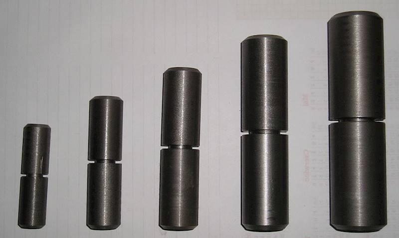 Zawias  34x130 stalowy toczony z kulką