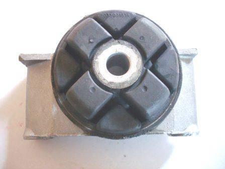 poduszka skrzyni biegów AUDI 80 / CABRIOLET / COUPE