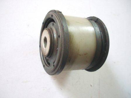 tuleja tyln.osi Ford Escort / Fiesta IV 1 041 979