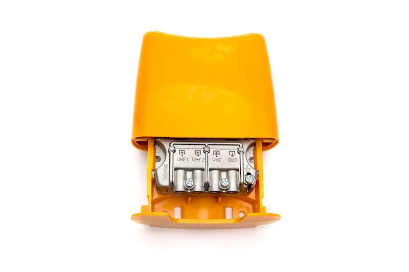 VHF-UHF-UHF Zwrotnica masztowa