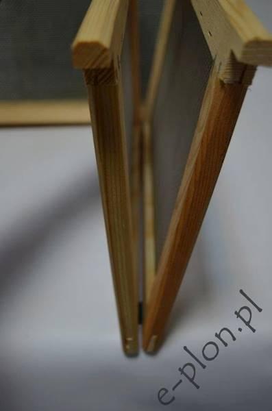 Izolator otwierany dadant 1-ramkowy