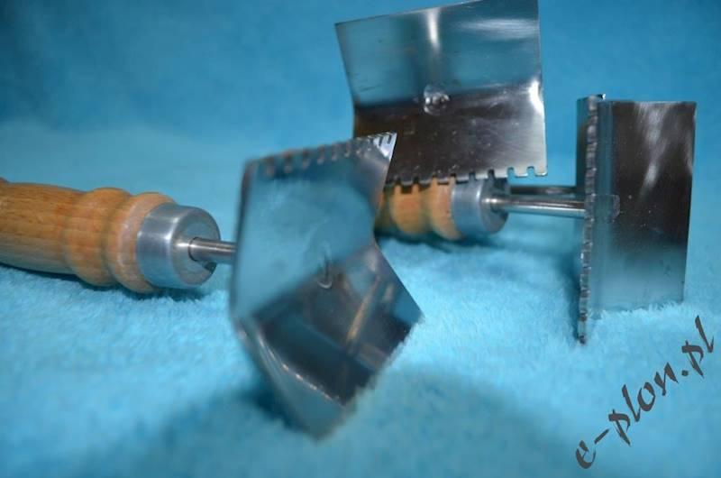 Skrobak nierdzewny do krat metalowych
