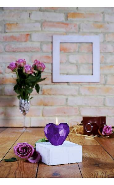 Świeca Candle Heart Low-Poly Violet Metallic