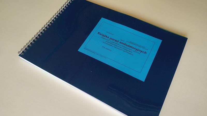 Hsz-6 Księga porad ambulatoryjnych gabinetu pielęgniarki szkolnej A4/90k Spirala