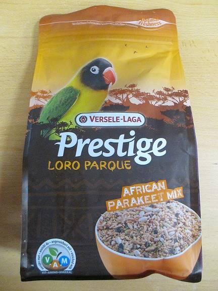 V.PRESTIGE LORO AFRICAN PARAKEET 1kg - pap.śr.afr.