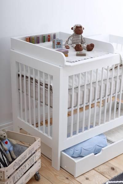 Basic Pinio - Przewijak do łóżeczka 140x70 cm - kolor biały