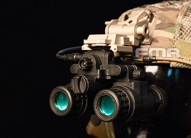 FMA Replika noktowizora AN/PVS-31 with led funct.