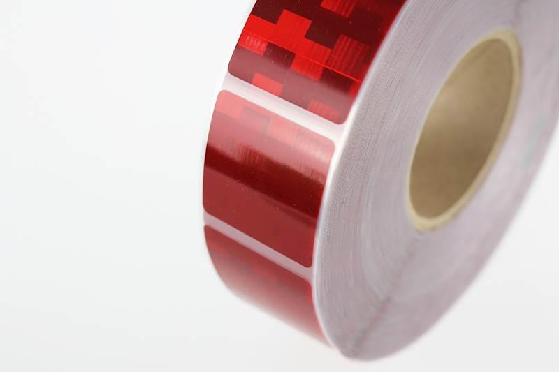 Oznakowanie konturowe plandeki czerwone