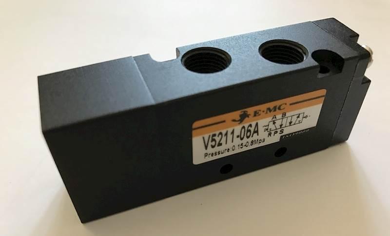 """EMC V5211-06A ELEKTROZAWÓR PIĘCIODROGOWY 5/2 1/8"""""""