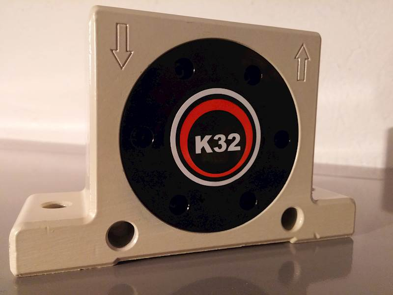 "UP K 32 WIBRATOR KULOWY G1/4"""